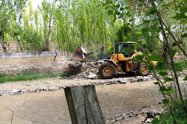 شدت ساخت وسازهای غیرمجاز پیامد الحاق روستاها به همدان